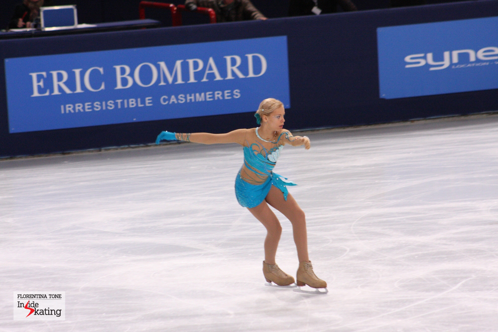 The 15-year-old Russian Anna Pogorilaya entered the GPF Final with a first place at Cup of China and a third place at Trophee Eric Bompard