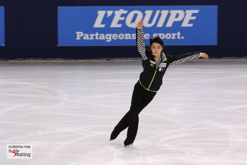 In Fukuoka, Yuzuru Hanyu (photo) and Patrick Chan will meet for the third time in the season; the previous two encounters were won by the Canadian