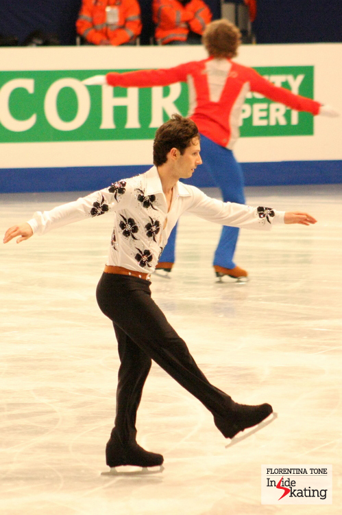Zoli Kelemen, six-minutes warm-up before the short program (in the background, Kim Lucine)