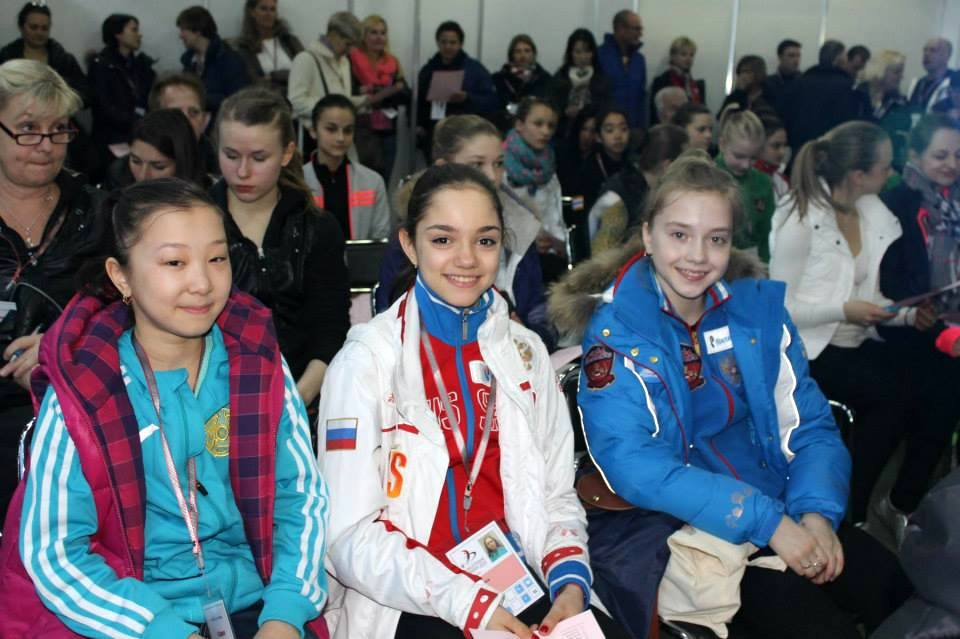 Elizabet Turzynbaeva, Evgenia Medvedeva, Elena Radionova (Photo: Andriana Andreeva)