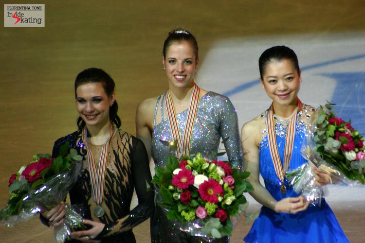 The podium of the 2012 Worlds in Nice: Carolina Kostner (gold), Alena Leonova (silver) and Akiko Suzuki (bronze)