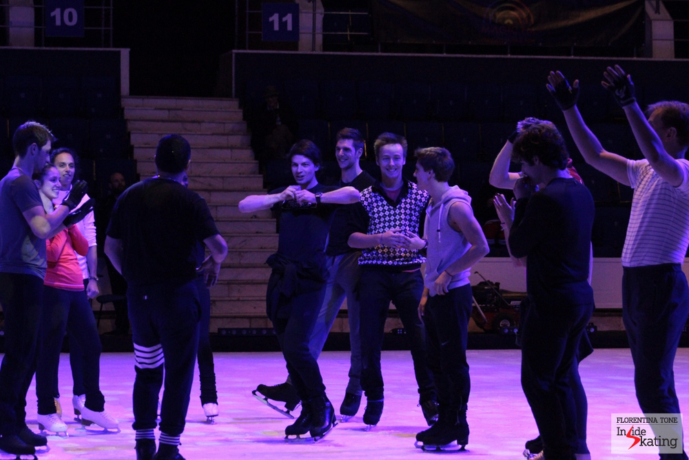 Ari Zakarian instructs the skaters to show a heart that beats - then flies - and Stephane enters the role with a smile