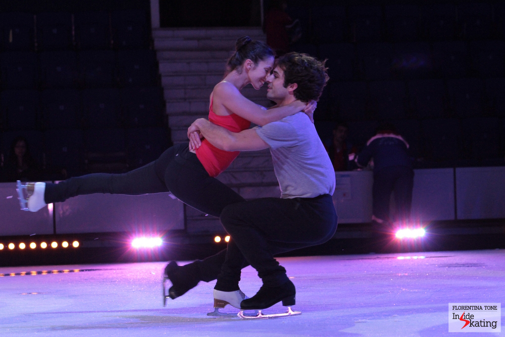 A love story on the ice: Stefania Berton and her fiancee, Rockne Brubaker - skating together for the first time on the ice of Bucharest