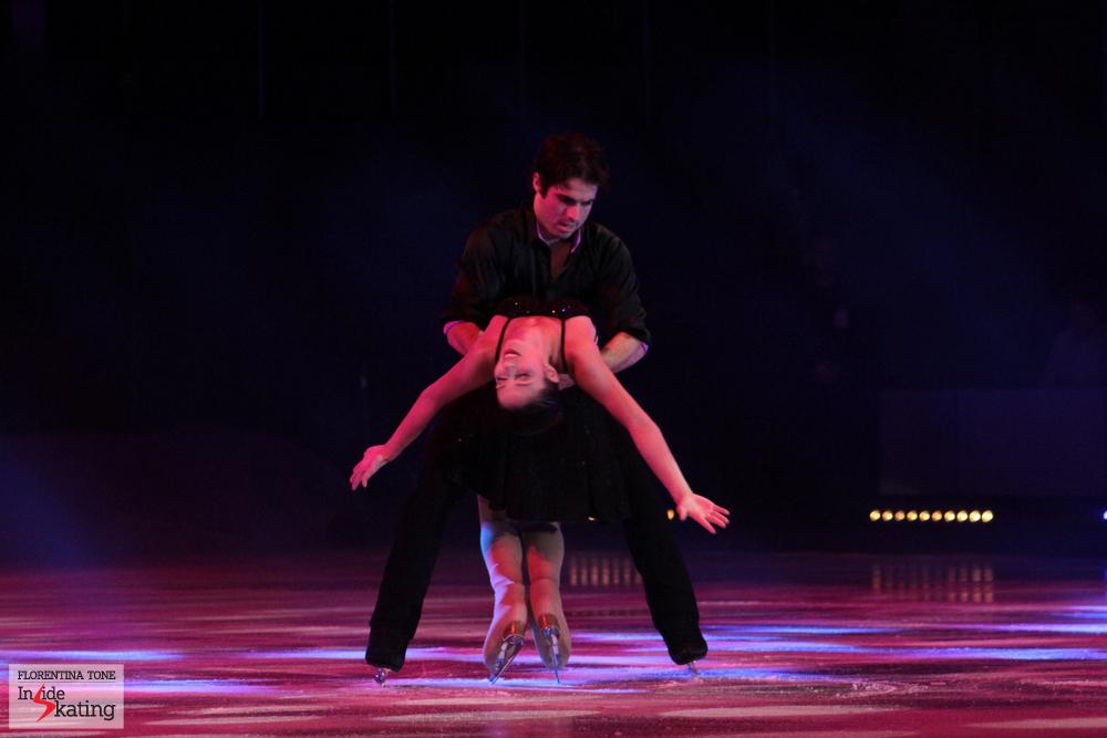 "Stefania and Rockne: a beautiful, emotional skate on ""Gravity"""