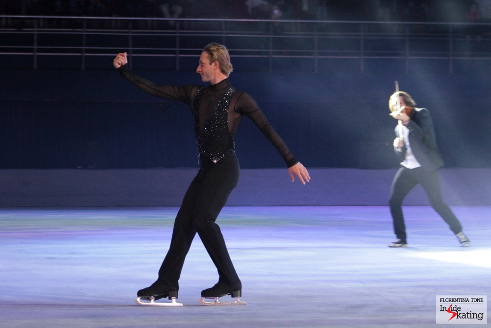 "Evgeni, skating his ""Best of Plushenko"" in Bucharest, at Kings on Ice Olympic Gala"