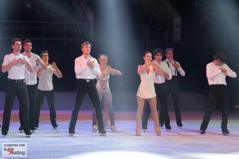 An all-in-white Finale of Kings on Ice Olympic Gala