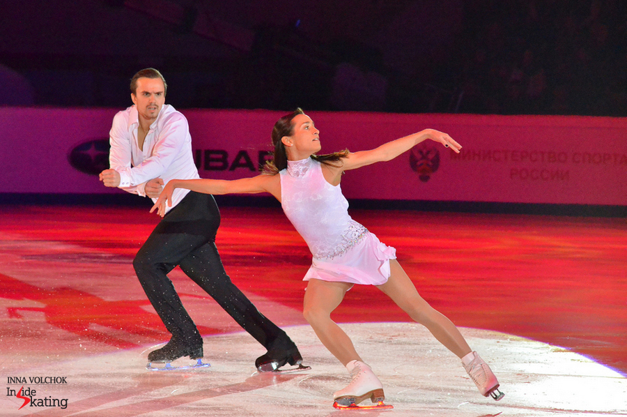 "Ksenia Stolbova and Fedor Klimov, skating to ""Just don't run"" (encore: ""Notre Dame de Paris"")"