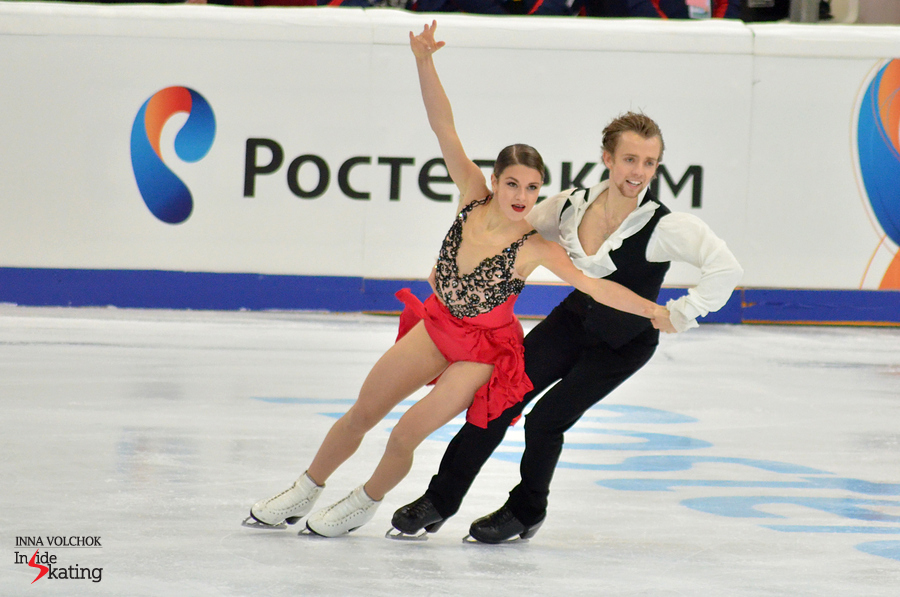Kaitlin Hawayek and Jean-Luc Baker, 2014 World Junior champions, skating their short dance in Moscow