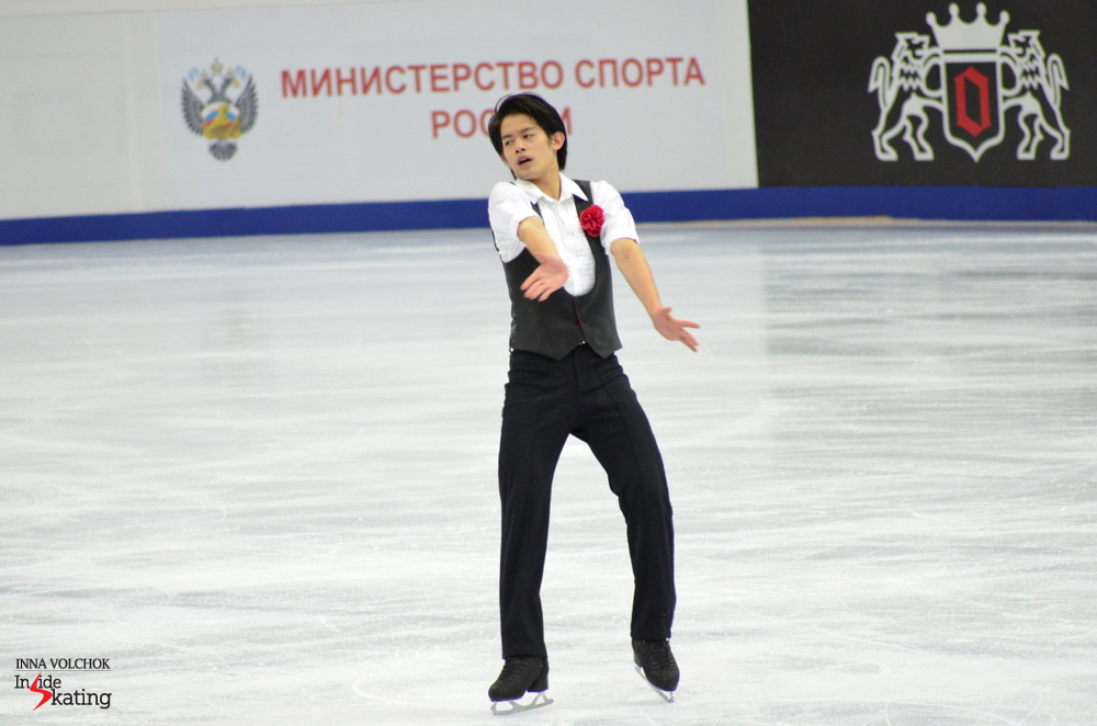 "The Japanese Takahiko Kozuka earned a season's best for his performance to ""A Evaristo Carriego"" by Luis Bravo: 81.38 points. At the press conference, he confessed: ""I feel much better than at Skate Canada. My heart comes back to competition. Now I'm fighting in competition, I'm going to fight tomorrow in the free skating"""
