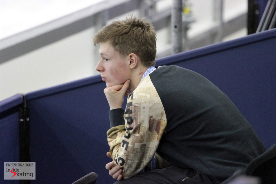 The 15-year-old Russian Alexander Petrov, who competes in the junior men's event, watches the practice in Barcelona
