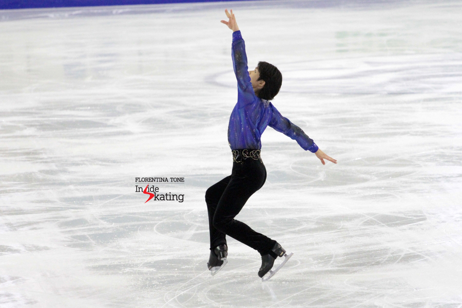Machida - and one of his trademark moves during the free skate in Barcelona