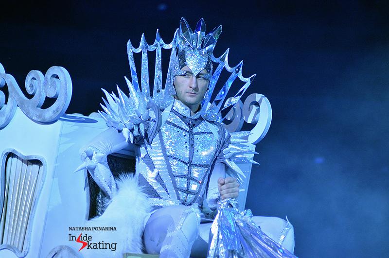 1 Evgeni Plushenko as the Snow King