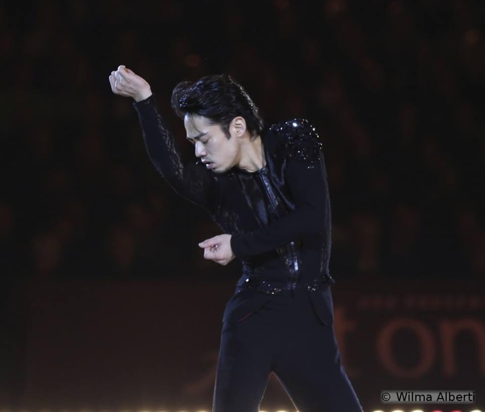 16 Daisuke Takahashi