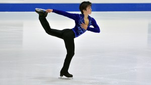 Shoma Uno ends his junior years with the shiniest medal of all