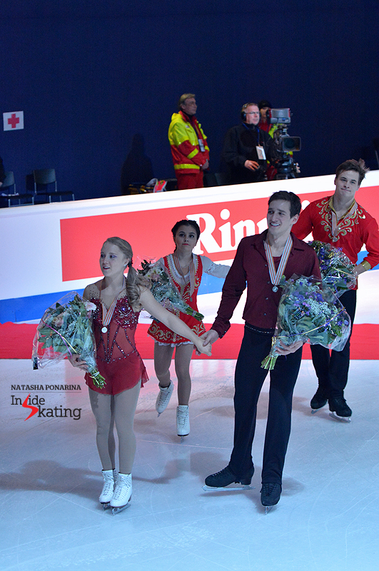 Julianne Seguin and Charlie Bilodeau (silver) and Lina Fedorova and Maxim Miroshkin (bronze), during the victory ceremony in Tallinn