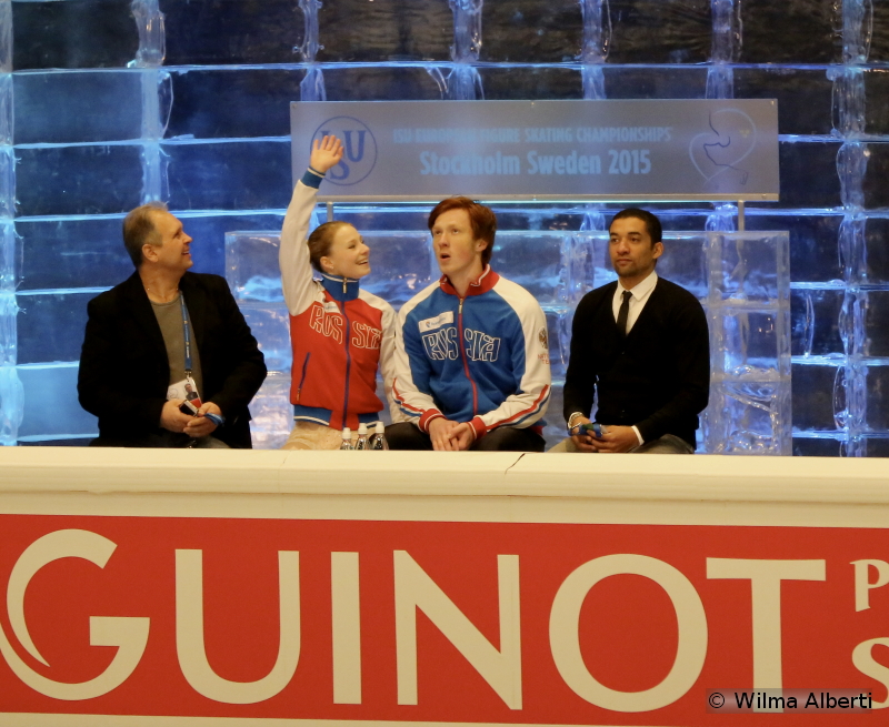 A new role for Robin Szolkowy at this year's edition of the Europeans: standing alongside Evgenia Tarasova and Vladimir Morozov in the Kiss and Cry (January, Stockholm)