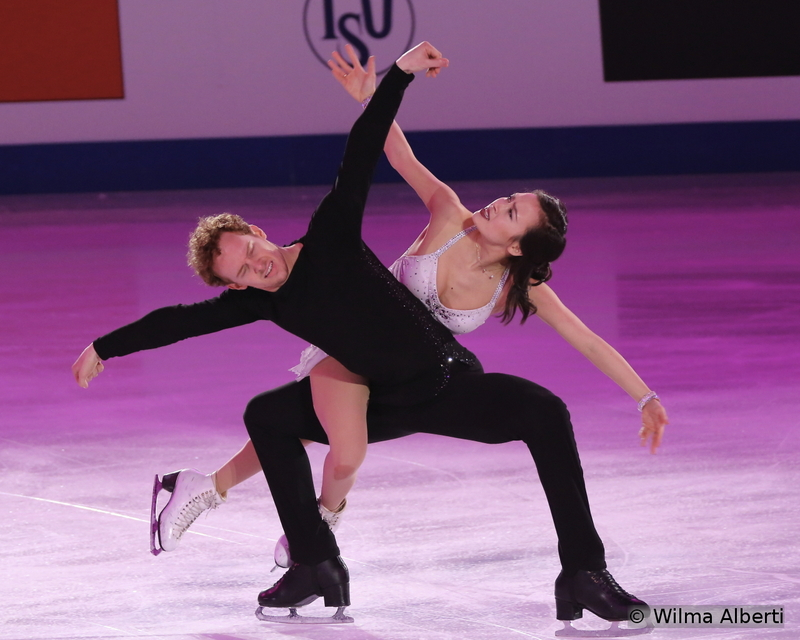 """Madison Chock and Evan Bates, the winners of the silver medal in Shanghai, chose to skate to """"Interrupted Flight"""" by Vladimir Vysotsky in the exhibition gala – and that was clearly a performance to remember"""