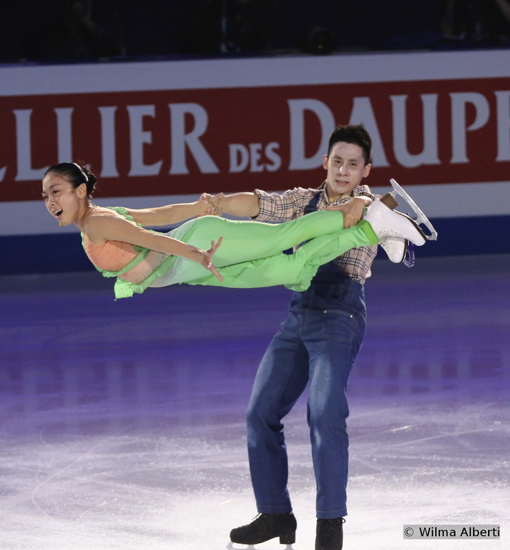 """Winners of the silver medal in Shanghai, Wenjing Sui and Cong Han are one of those pairs whose talent is undeniable; they skated a lights out free program at 2015 Worlds and they're definitely going to be gold-medal contenders in the years to come. For the exhibition, they chose an unusual, original program named """"Plants vs Zombies"""""""