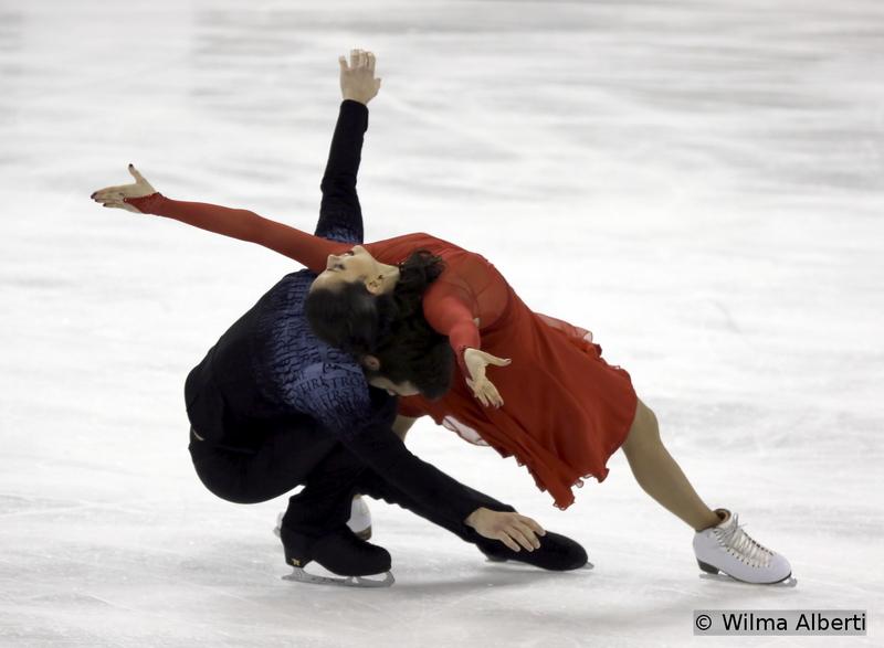 Sara Hurtado and Adria Diaz - free dance