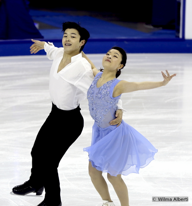 35 Maia Shibutani and Alex Shibutani FD