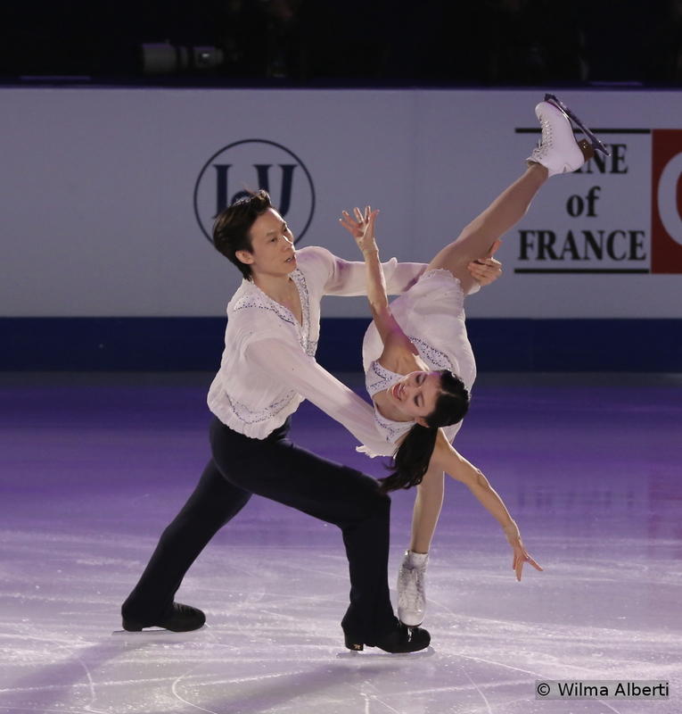 """At the 16th Worlds of their career (yes, 16th!), Qing Pang and Jian Tong retained the bronze medal in the pairs event – their sixth World medal – and I'll raise an imaginary hat to them and their amazing performances all throughout the years. This was Qing and Jian' last competition – they only came back because China hosted the first World Figure Skating Championships in its history – and their goodbye was one of the most touching moments of the Gala; they skated to """"I Dreamed a Dream"""" performed by Susan Boyle"""
