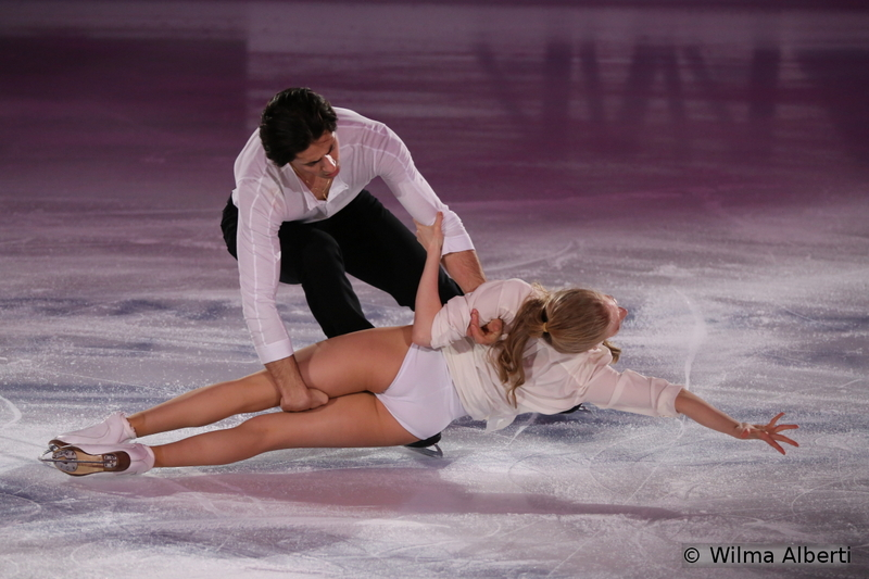 9 Kaitlyn Weaver and Andrew Poje