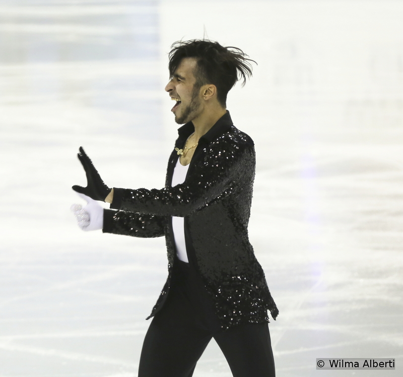 Is he the embodiment of enthusiasm or what? Ivan Righini showed what an entertainer he is during his short program to music by Michael Jackson. Too bad that due to his errors he didn't advance to free skating