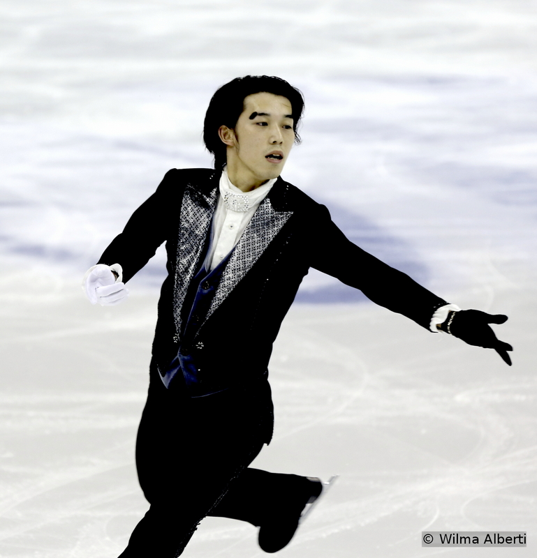The first of the three Phantoms of the Opera in the men's event at 2015 Worlds: after a not-so-good short program (to say the least), Takahito Mura gave it all on the ice of Shanghai Oriental Sports Center during the free skate; and he definitely was a convincing Phantom