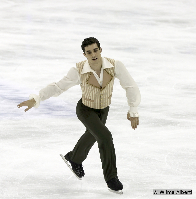 Ladies and gentlemen, here you have the winner of the night – and the current holder of the World Champion title: Javier Fernandez. Last season, the Spaniard – aka the Barber of Seville – trained as much as he could and the hard work paid off: he entered history and gave Spain reasons to celebrate. ¡Felicidades, campeón!