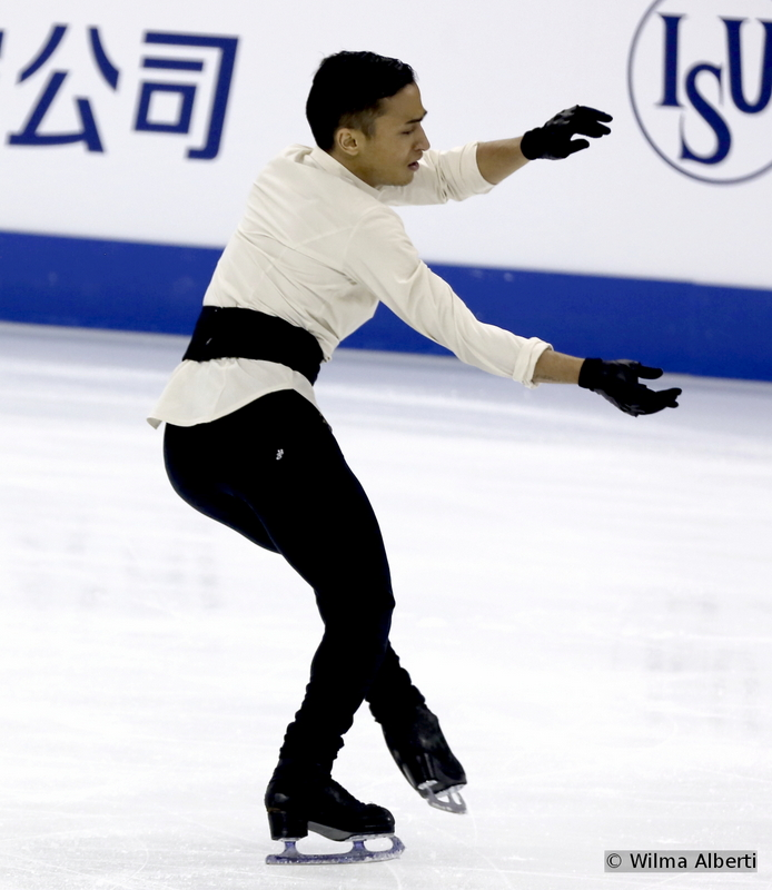 """What a beautiful short program did Florent Amodio have during the 2014-2015 season – hats off to him (and his team) for the musical choice: """"Le Concert"""" by Armand Amar; it suited him wonderfully. From where we stand, it was redemption time for Florent at this edition of the Worlds: after an Olympic season in which he lacked strength (and also his jumps), the young men born in Sobral, Brazil, is trying to climb the rankings and reach the level he was at in the past"""
