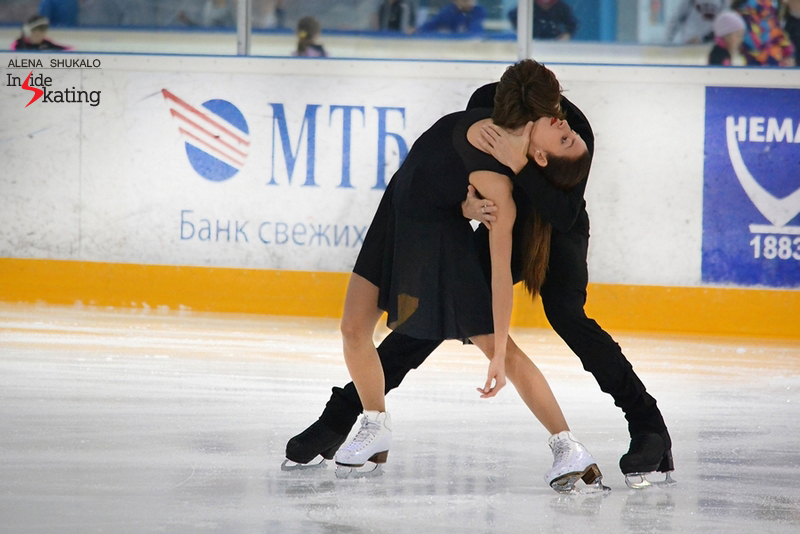 A wonderful pose from Ksenia and Kirill's free dance, as performed in Minsk, at 2015 Ice Star