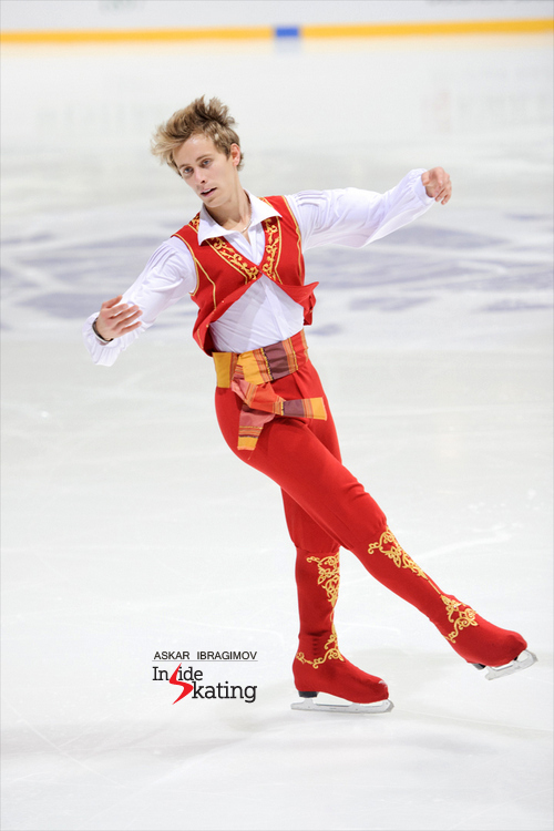 Michal Brezina, as a very colorful Corsaire, during his free skate in Espoo; the program has been choreographed by Salomé Brunner and Stéphane Lambiel. His Grand Prix assignments this season are Skate Canada and NHK Trophy.