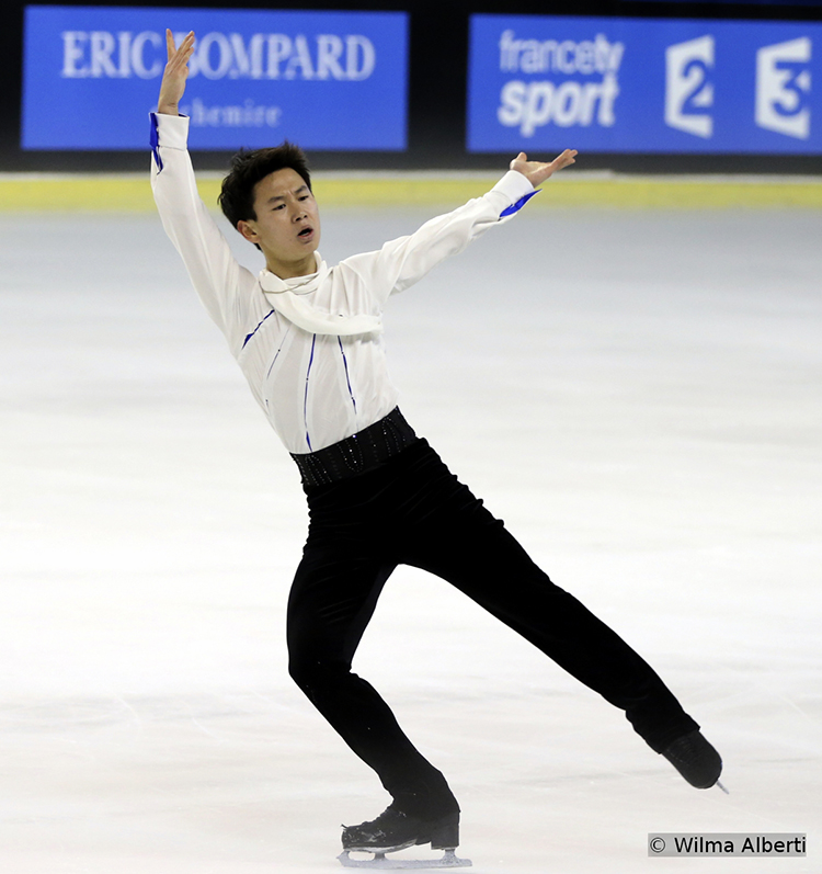 "Skating to ""Misa Tango"", Debis Ten was fourth in Bordeaux"
