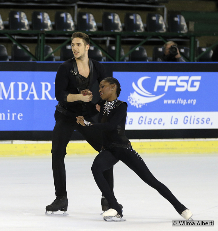 Second after SP in Bordeaux were France's Vanessa James and Morgan Cipres