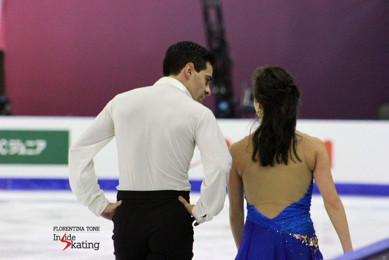 Friendly chat during practice: Luca Lanotte and Madison Chock