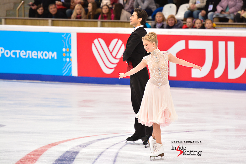 Kaitlyn Weaver Andrew Poje SD 2015 Rostelecom Cup (3)