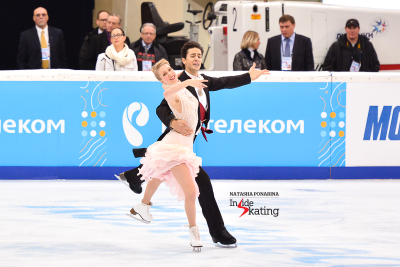 Kaitlyn Weaver Andrew Poje SD 2015 Rostelecom Cup (5)