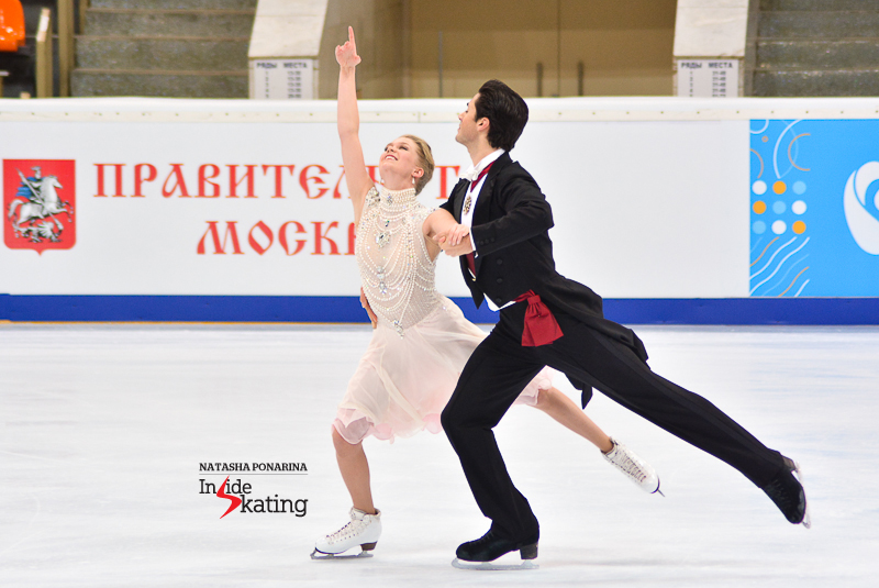 Kaitlyn Weaver Andrew Poje SD practice 2015 Rostelecom Cup (10)