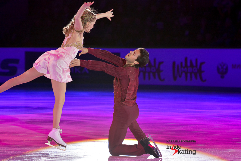 Kaitlyn Weaver Andrew Poje exhibition 2015 Rostelecom Cup (9)