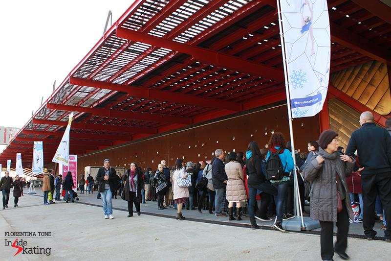 Outside CCIB arena 2015 GPF (3)