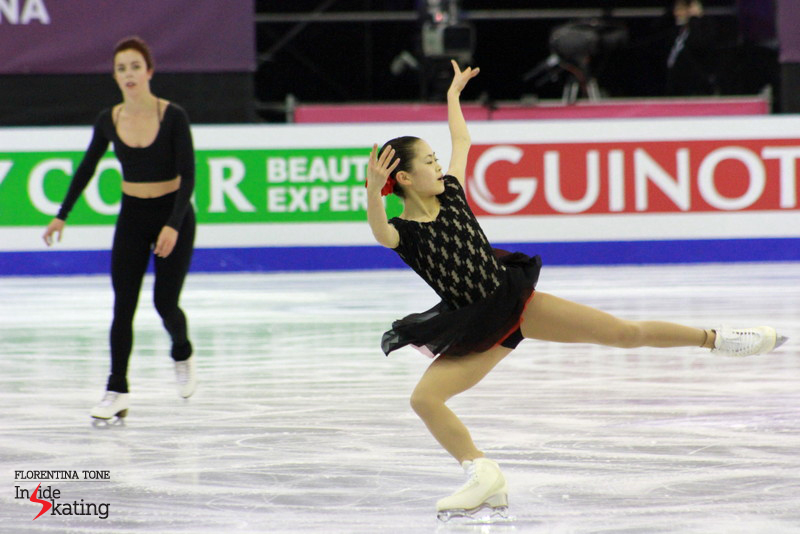Satoko Miyahara (right) and Ashley Wagner (in the background)