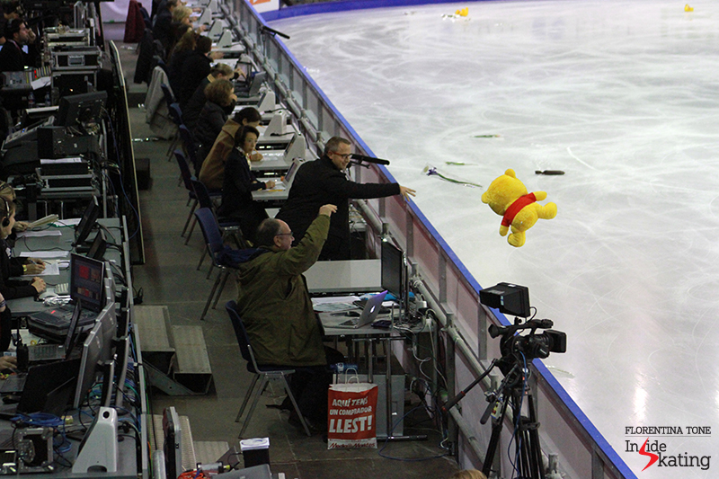 A golden bear - aka Winnie-the-Pooh that Yuzuru Hanyu loves so much - landed in the judges' area, but found its way to the ice eventually...