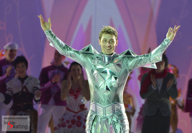 "A joyful, enthusiastic Brian Joubert at the end of ""Snow King 2"""