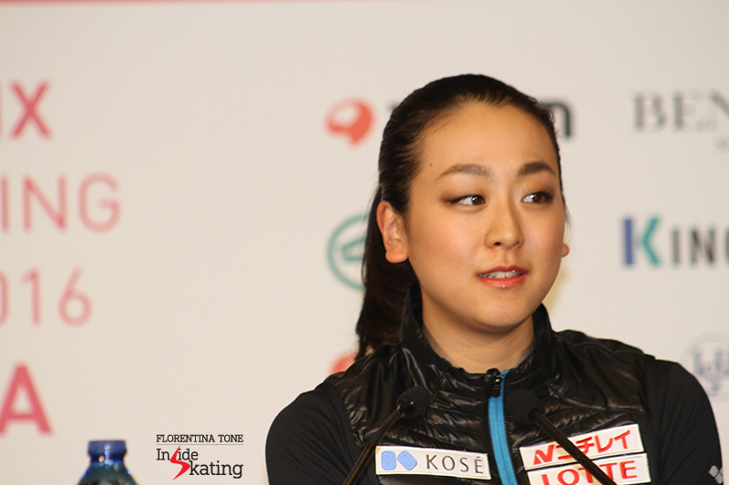 Ladies press conference after SP 2015 GPF (8)