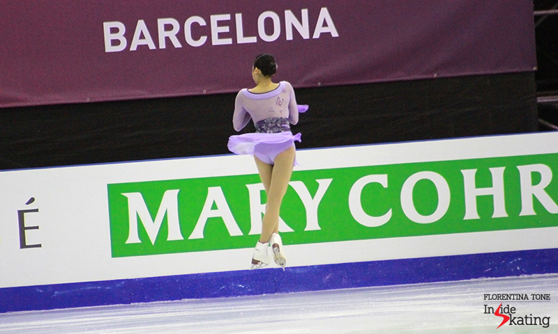 Mao, during the 6-minute warm-up prior to the ladies' free skate