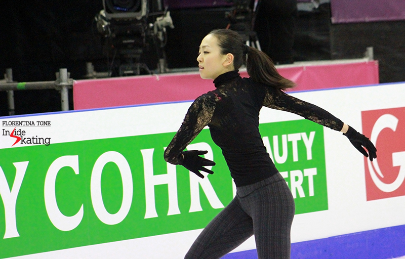 Mao Asada practice 2015 GPF December 10 (3)