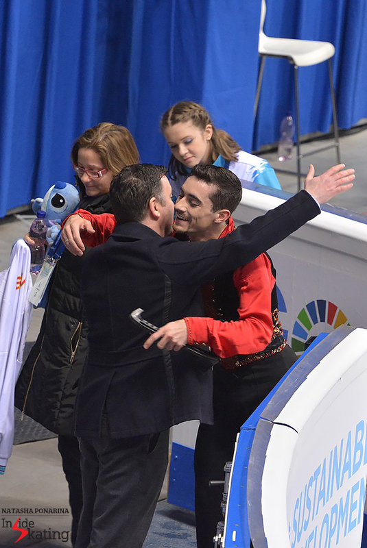 A very proud coach - and no less than 102.54 points for Javier's routine. Fernández is now the first European to break the 100-point barrier in the men's short program, and one of the two men to have done that in the world