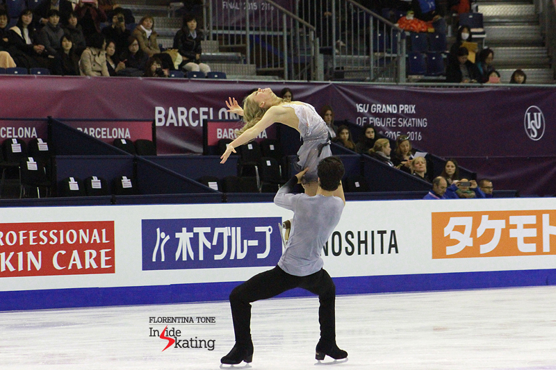 1 Kaitlyn Weaver and Andrew Poje practice FD 2016 GPF (14)