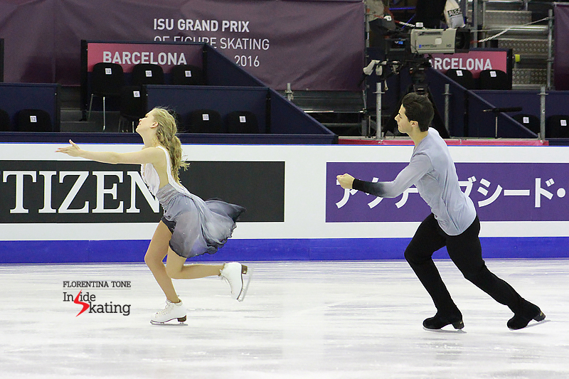 1 Kaitlyn Weaver and Andrew Poje practice FD 2016 GPF (5)