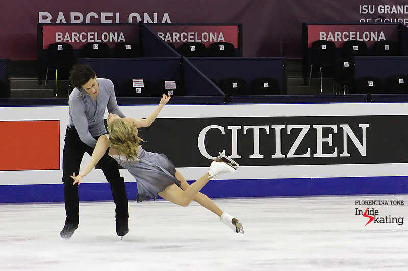 1 Kaitlyn Weaver and Andrew Poje practice FD 2016 GPF (8)